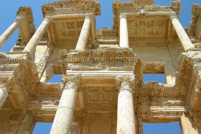 Ephesian Modus Vivendi Tour - feat. Ephesus Terrace Houses, Izmir, TURQUIA