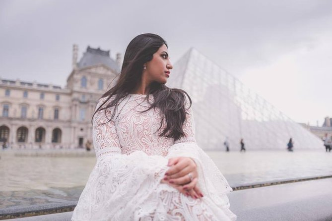 Private Photo Session with a Local Photographer in Versailles, Versalles, FRANCIA