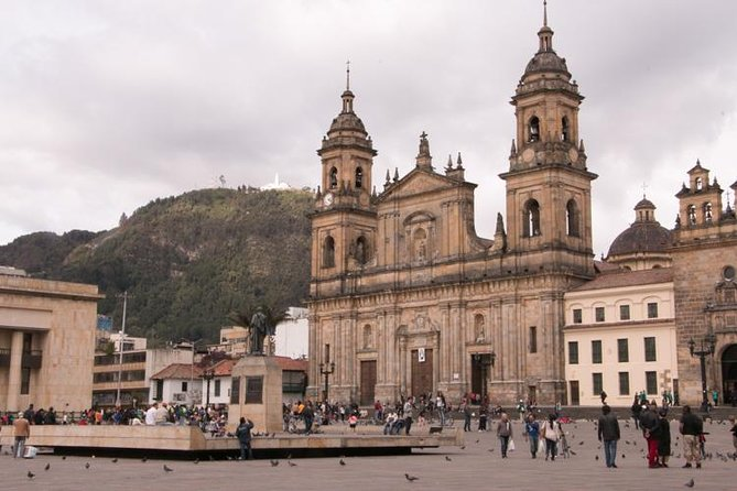 Bogota In Transit Transportation 4-Hour Layover Experience, Bogota, COLOMBIA