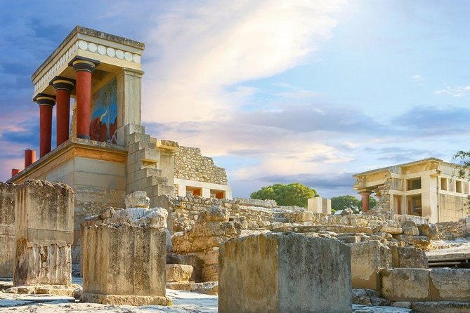 Private half day tour, from Heraklio port or Heraklion town hotels, with licensed guide and deluxe minivan to visit Knossos Palace and archaeological site, Heraklio town and Archaeological Museum.