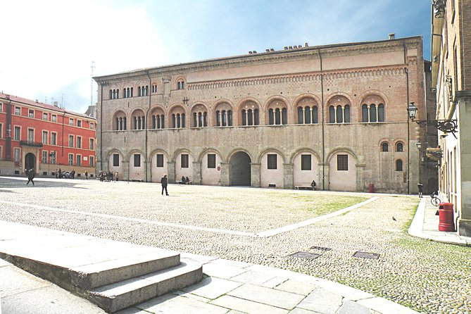 Parma Highlights Small Group Tour with a Local &Top Rated Guide, Parma, ITALIA