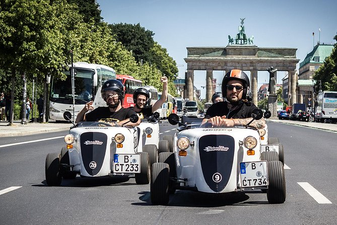 Guided 2-Hour Berlin City Tour in Self-Drive Mini HotRod Vehicle, Berlim, Alemanha