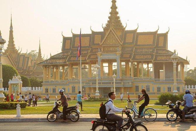 Phnom Penh City Tour Royal Palace with S21 and Killing Field, Phnom Penh, CAMBOYA