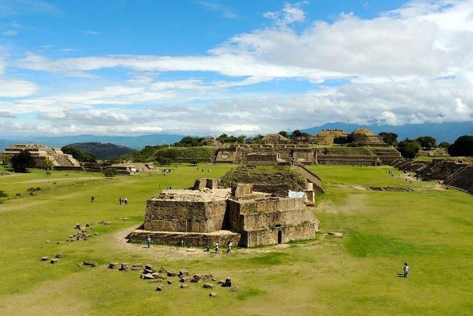 Come and explore the breathtaking ruins of Monte Alban. Continue on to a fascinating wood alebrijes carving village, then on to a 16th century Dominican ex-monastery, before finishing in San Bartolo Coyotepec, known for its black clay pottery.