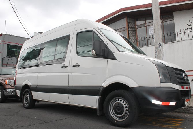 Guayaquil Private Departure Transfer from Hotels to the Airport, Guayaquil, ECUADOR
