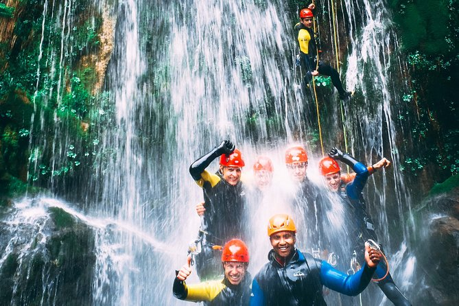 Are you in Porto or North Portugal region looking for a break and you need some nature and adrenaline in your holidays? Then a Canyoning Tour is the right choice for you. Explore nature with small group tours with an expert local company and specialized canyoning guides by International Canyoning Commission (CIC).
