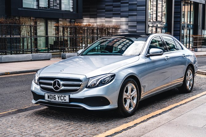 Adoride can help you finish your vacation in style by providing a comfortable journey to Edinburgh or to the Edinburgh Airport. <br><br>Your journey will be stress free and you will have no parking worries or expensive charges, the driver will load the vehicle and ensure you are comfortable before setting off. <br><br>When you arrive at your destination your driver will assist with lugagge and ensure you are set before departing.