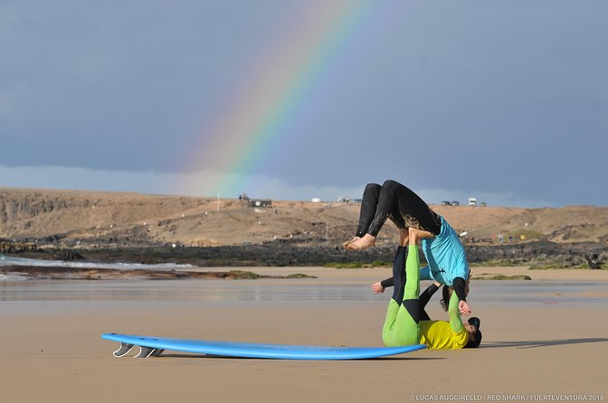 Super Fun and Safe SURF lesson in small group of max 4 people, Fuerteventura, ESPAÑA