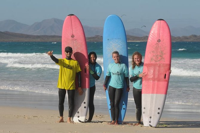 Beginner surf course, 3 days in small groups of max 4 people, Fuerteventura, ESPAÑA