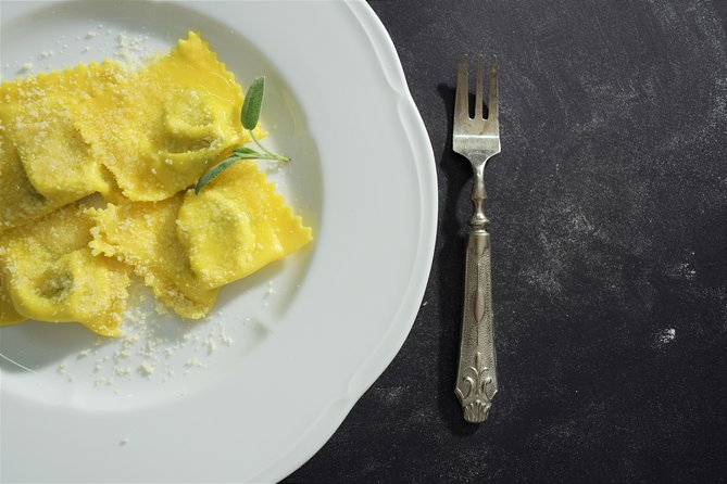 TastyCook: Small-group Pasta Cooking Class, Parma, ITALIA