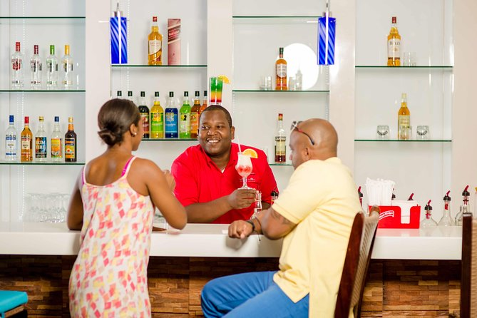 Club Mobay VIP arrival and departure Lounges & Round-Trip Shared Airport Shuttle, , JAMAICA
