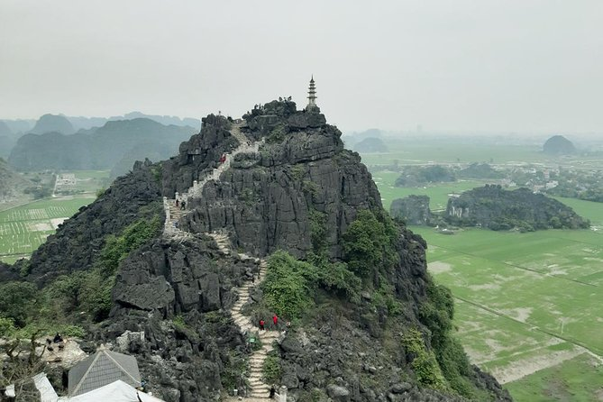 "Escape from bustling big city in a full day<br><br>Visit Rural life & quiet places in Ninh Binh<br><br>Visit Hoa Lu ancient capital of Vietnam under Dinh, Le and Ly Dynasty.<br><br>Enjoy local lunch at the restaurant with a lot of local foods goat meat, fried rice….<br><br>Enjoy Tam Coc boat trip to see amazing "" Halong Bay on land""<br><br>Cycling around the village to discover the life of local people.<br><br>Climbing mountain trip of Mua cave to enjoy amazing views of Tam Coc, villages, rice fields..<br><br>Making new friends from over the world<br><br>Saving time & money"