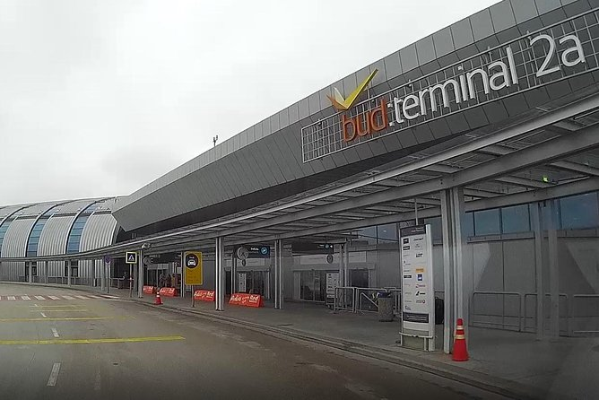 Budapest Airport Transfer - return (arrival & departure) with discount, Budapeste, HUNGRIA