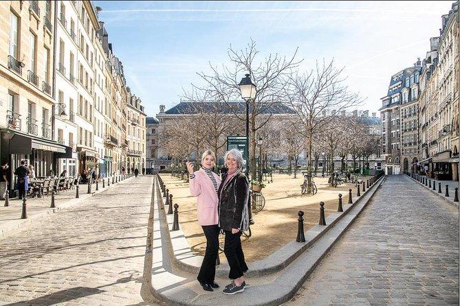 Private Paris Walking Tour with a Personal Photographer, Paris, FRANCE