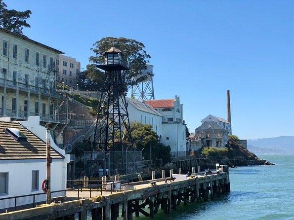 Alcatraz Tour plus Muir Woods and Sausalito Day Trip, San Francisco, CA, ESTADOS UNIDOS