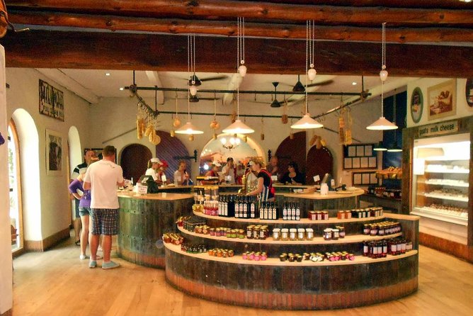 Full-day Winelands Explore Private Tour of Stellenbosch, Franschhoek and Paarl, Cape Town, South Africa