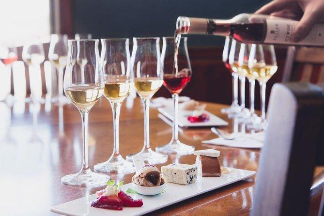 Toronto Aerial Tour with a Niagara Falls Winery Tasting Tour with iflyTOTO, Toronto, CANADA