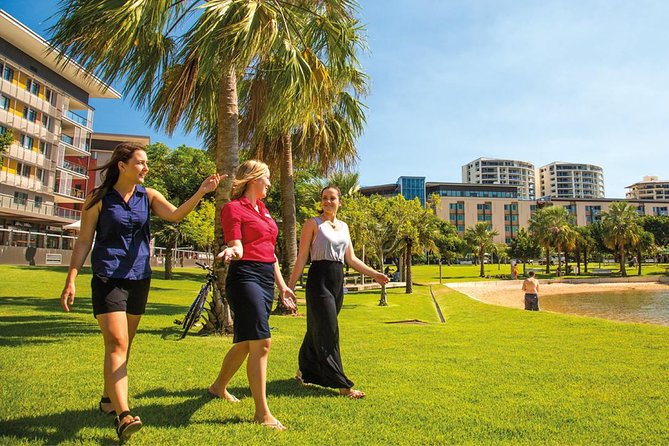 View the sights of Darwin on a guided city tour seeing the sights and attractions of the city. You also have the option to end the day with a sunset fish and chip dinner cruise.
