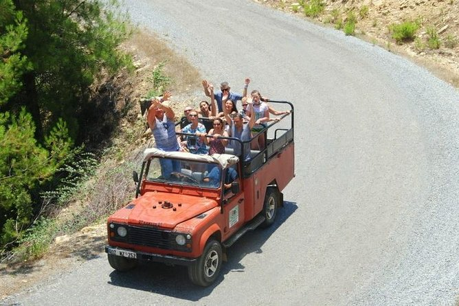 Jump on your 4x4 jeep and ridethrough the Turkish villages, plantations of exotic fruits with opportunity to visit mosque, waterfall and lunch on a trout farm. Wild expedition in the majestic Taurus Mountains with special off road sections.<br>