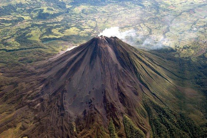 Senderismo Al Volcán Arenal + Manantiales Termales De Baldi Y Cena, ,