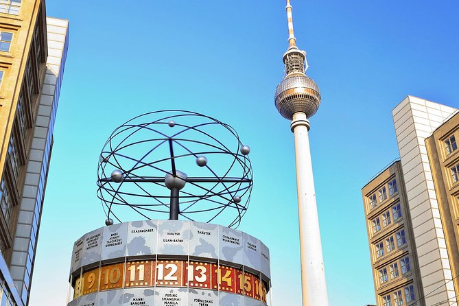 Hop-on Hop-off Sightseeing Berlin Wall Tour by City-Circle - 1 day, Berlin, GERMANY