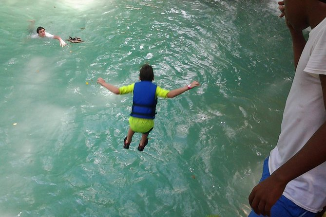 MÁS FOTOS, Blue Hole, Zipline and Dunn's River Falls from Falmouth