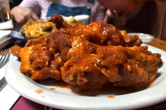 The Wing Ride: The Hidden History of Chicken Wings Food Tour, Buffalo, NY, ESTADOS UNIDOS