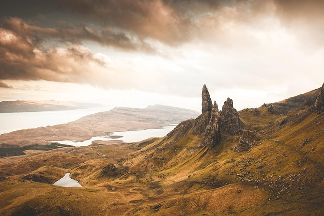 Discover the beguiling beauty of the Highlands and the Isle of Skye on this 4-day small-group tour from Edinburgh. Explore Isle of Skye at a relaxed pace for views of dramatic sea cliffs, desolate moors and jagged peaks, like Trotternish Ridge, the Quiraing and Neist Point. With a knowledgeable guide at your side, admire castles on islets and craggy hilltops, and see picturesque villages including Glencoe. The experience includes your choice of 3-star accommodation in Lochalsh and Fort William. Numbers limited to 16, ensuring a personalized experience.