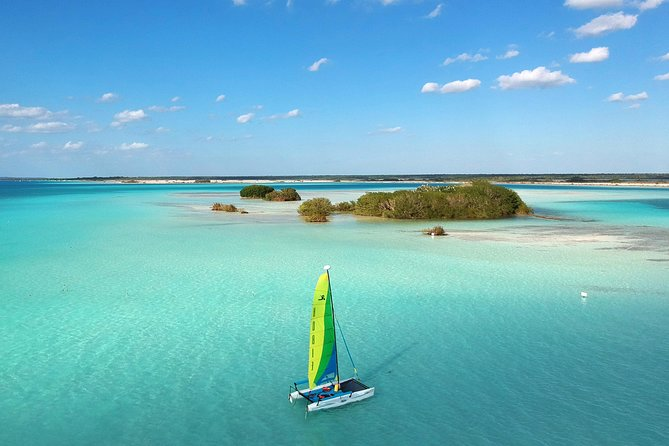 Bacalar Lagoon<br><br>With our Catamaran Sailing tour, you will explore Bacalar's lagoon visiting the most emblematic places in a relaxing and eco-friendly way.<br><br>Enjoy fresh fruits prepared by our captain especially for you, swim in turquoise waters surrounded by beautiful landscapes and learn more about this unique ecosystem.