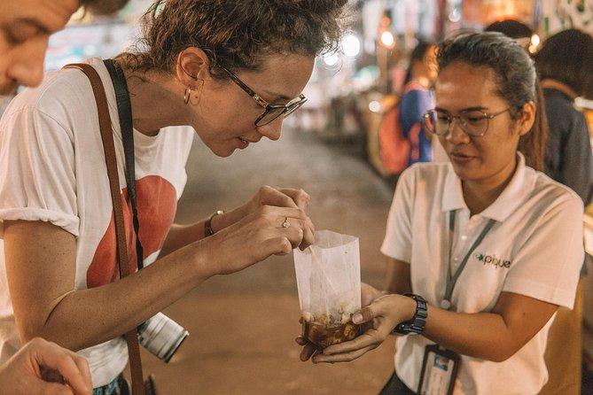 Bangkok à noite: visite templos, mercados e comida em um Tuk-Tuk, Bangkok, Tailândia