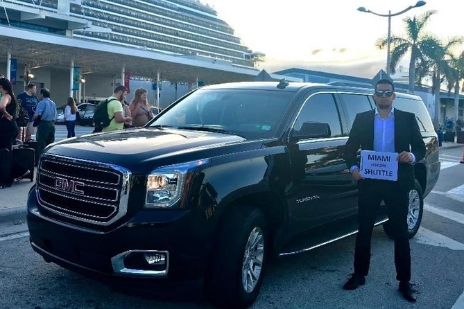 Limo SUV FROM Ft Lauderdale Airport TO Port of Miami / Miami Hotel, Fort Lauderdale, FL, ESTADOS UNIDOS