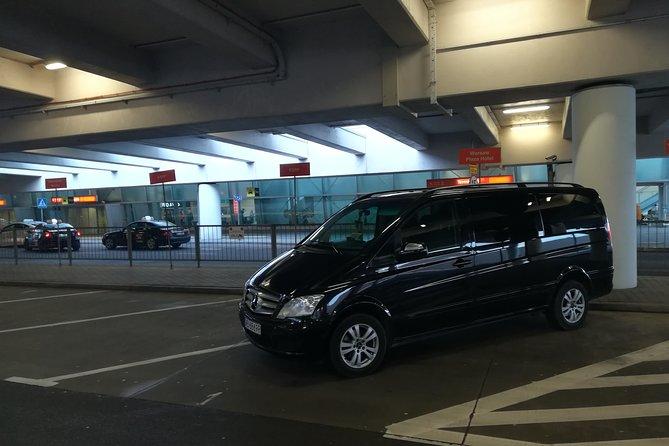 Private Warsaw Modlin Airport One Way Transfer, Varsóvia, POLÔNIA