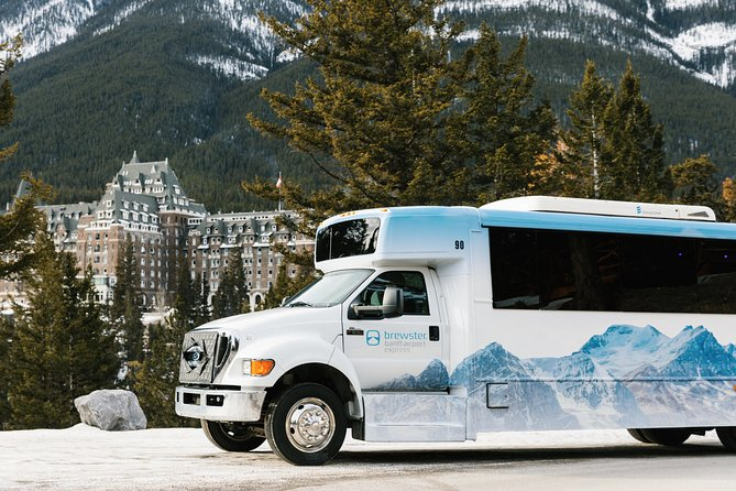 Shared Departure Transfer: Alberta Hotels to Calgary Airport, Jasper, CANADA