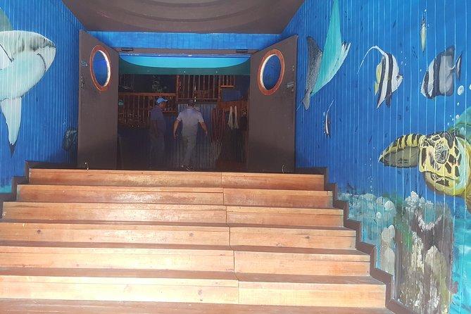 Roatan Mangrove Cultural Experience, Roatan, HONDURAS