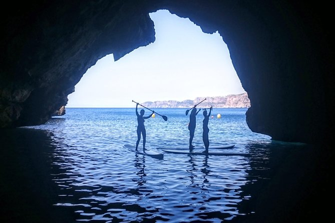 If you're on holiday in Javea and would like to visit the famous Blue Lagoon, explore the impressive coastline from a unique perspective and paddle inside turquoise water caves, then this tour is for you.<br><br>Because we organise only small-group tours, the SUP Secret Blue Lagoon & Cave Tour is a wonderfully intimate way to discover secret deserted beaches, snorkelling spots and secret caves. Includes swim/snorkel break at Blue Lagoon, exploring of a sea cave, and cliff jumping for those who dare!