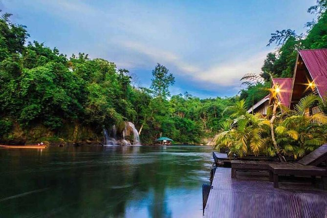 Two days to discover the province of Kanchanaburi. Most of the activities: Erawan Falls, observing wild elephants, communion with nature and overnight aboard a floating raft in Saiyok Yai National Park.