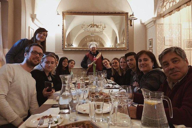 Recorrido sobre la gastronomía polaca, Varsovia, POLONIA