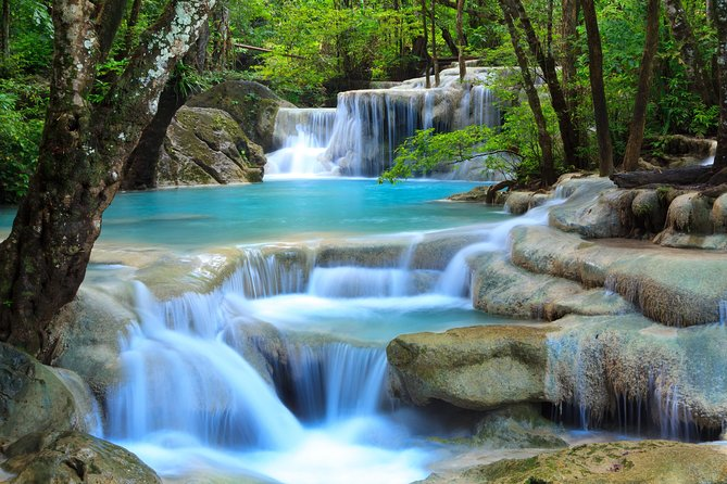 From Kanchanaburi: Erawan National Park Half Day, Kanchanaburi, TAILANDIA