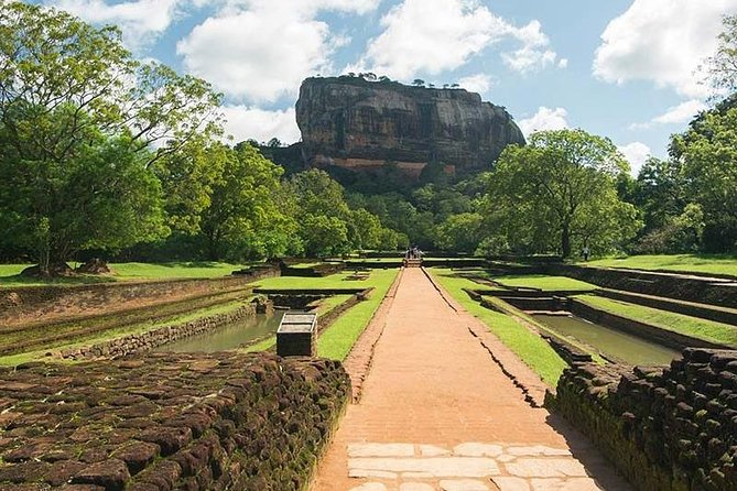 This is the One of the best root plane for one day tour from Negombo. as well as spend your day beautiful historical place in Sri lanka.