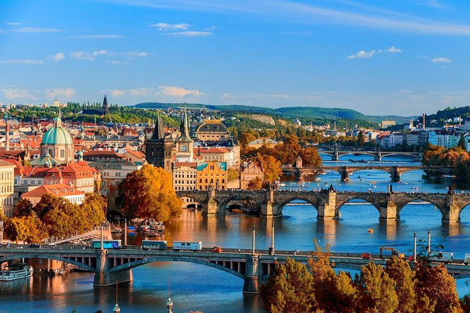 Transfer from Munich to Prague: Private sightseeing daytrip with two stops, Munich, ALEMANIA