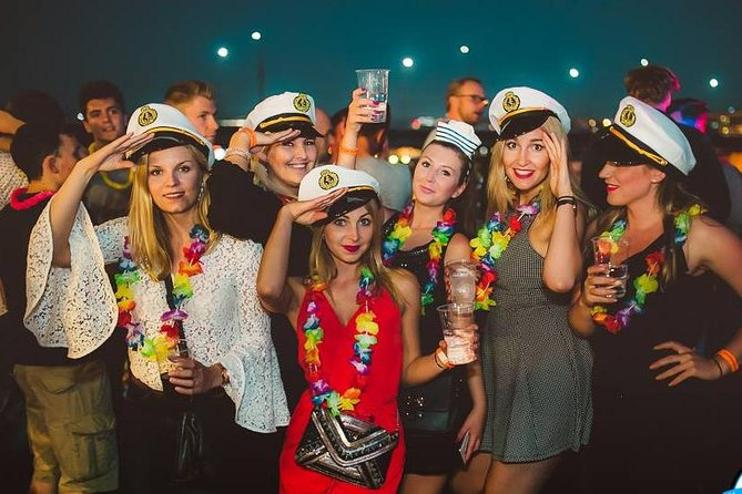 Warsaw Boat Party & Pub Crawl, Warsaw, Poland