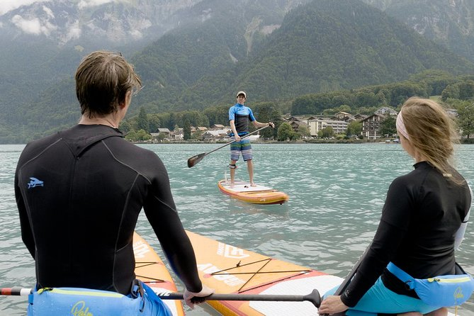 SUP (Stand Up Paddle) Tour on the Turquoise Lake Brienz, Interlaken, SUIZA