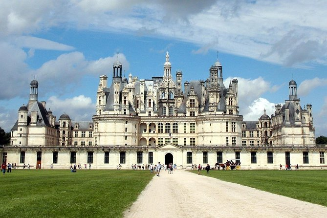 Take away the hassle out of planning your day trip to the Loire Valley, the birthplace of French Renaissance with more 120 châteaux (estates), on this private luxury tour with roundtrip transportation from Paris. Highlights include visits to Leonardo da Vinci's home and tomb, outstanding Gothic architecture, and plenty of time to enjoy three of the Loire Valley's most impressive and famous châteaux.<br><br>