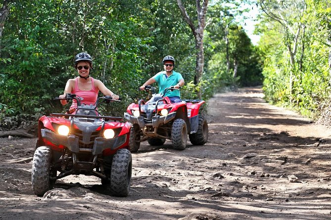 Dare to be part of one of the most enigmatic activities in Mexico. We pick you up in vans equipped with air conditioning, we have the best service in the state, the water to drink is purified and the food is prepared with the highest standards of hygiene. feel completely safe with our zip lines which cover the highest safety worldwide standards.