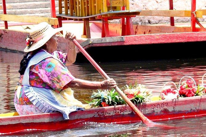 Discover Xochimilco, Coyoacán and Frida Kahlo's Museum and House (Plus Service), Ciudad de Mexico, MÉXICO