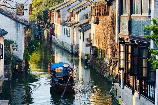 Zhujiajiao Water Town and Shanghai Highlights Private Trip With English Driver, Shanghai, CHINA