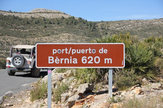 5 Hour Jeep Tour in the Mountain + 2 hour lunch stop in Tarbenna. Self Drive in an open Jeep Wrangler You experience the smells and feel the freedom off the mountains. We stay on the asphalt and paved roads so that you can enjoy the nature in the Costa Blanca without any worries