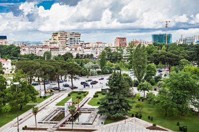 Best of Tirana city tour, Tirana, Albânia