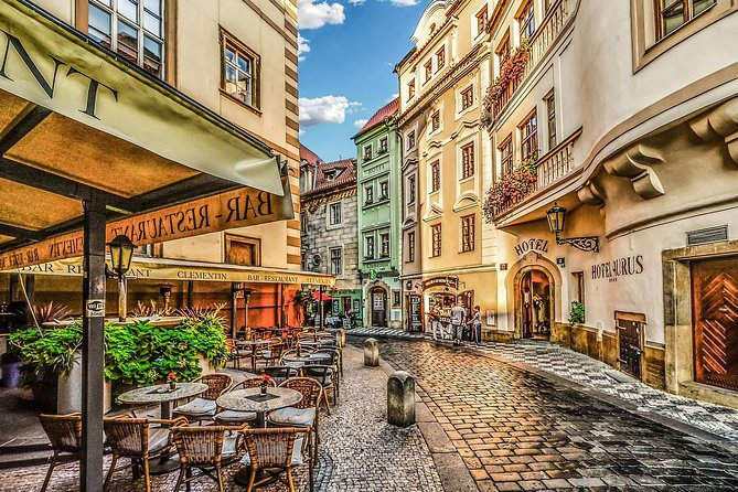 Private Transfer from Nuremberg to Prague with 2h of Sightseeing, Nuremberg, GERMANY