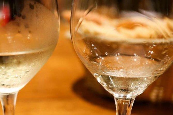 Cata de vino y champán francés en París, Paris, FRANCIA